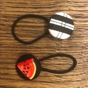 Accessories - Button hair ties